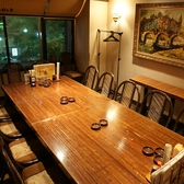 テーブル席の半個室席は16名様までOK!