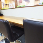 【1名様~】おひとり様、歓迎♪周りが気にならないカウンター席もご用意しております!!
