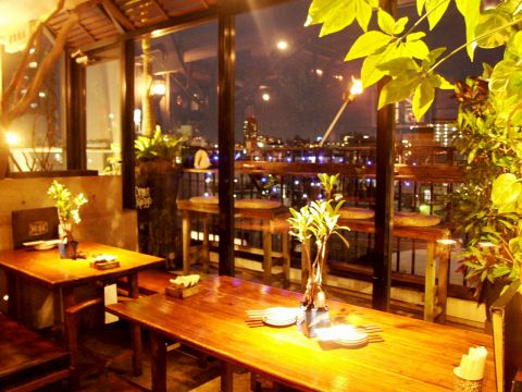 国際通りの真ん中にある南国リゾート♪那覇の夜風を感じながら素敵なひと時を…☆