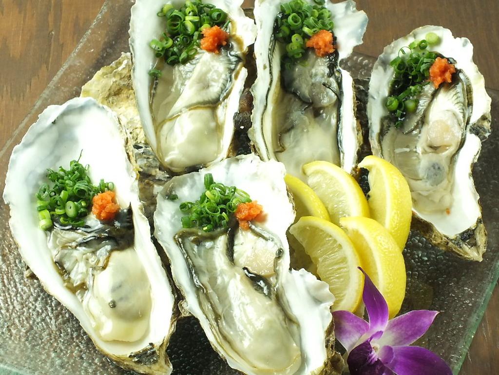 漁師さんと提携しちゃいました!産地直送の生牡蠣は生・蒸し・焼きなどいろいろ楽しめて1個194円!