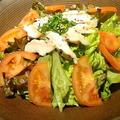 料理メニュー写真ササミタタキとトマトのサラダ