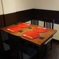 他のお客様と視線が合うことの無い広々としたテーブルボックス席。