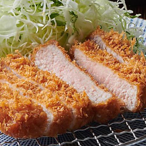とんかつと豚しゃぶしゃぶの和食店です。