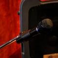 ステージを作るためには欠かせない音響設備を各種ご用意しております。勿論マイクも貸し出しいたしますので、司会進行や歌を歌ったりなどにお使いいただけます!