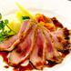 料理は380円からご用意してます。