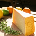 料理メニュー写真ゴーダチーズ