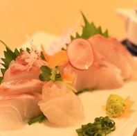 豊洲から仕入れた魚介を使用