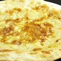料理メニュー写真クアトロフォルマッジ~4種のチーズピッツァ~