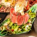 料理メニュー写真鳥しげの肉サラダパフェ