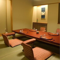 6名様以下のご接待に最適なお部屋です。