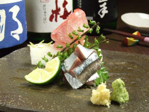 """日本で一番良質な食材が揃う""""築地""""の中で、さらに厳選された素材を生かした調理"""