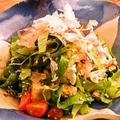 料理メニュー写真んじゃなと島豆腐のサラダ(宮古島ドレッシング)