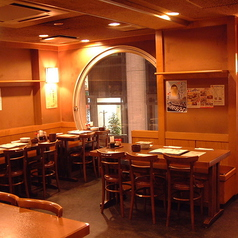 串八珍 西新宿店の雰囲気1