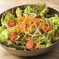 料理メニュー写真フレッシュグリーンサラダ