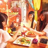 不思議な空間に迷い込んだような店内でゆっくりとお食事をお楽しみ下さい。