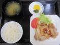 【喜久味はランチもやっています!!】鶏ももステーキ定食 680円(税込)