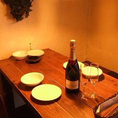 1テーブルづつカーテンにて仕切りがあり、お隣を気にせず【プライベート】をお楽しみ頂けます◎ 予約可☆