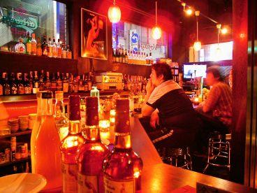 ボヤージュ relaxing bar Voyageの雰囲気1
