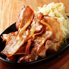 料理メニュー写真鉄板焼豚