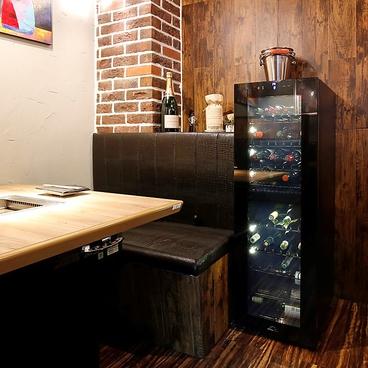 焼肉 肉縁 新宿東口歌舞伎町店の雰囲気1