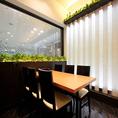 テーブル半個室【8名個室、10名個室】可動式の仕切りでつなげることも可能です。6名様から最大18名様までOK!!