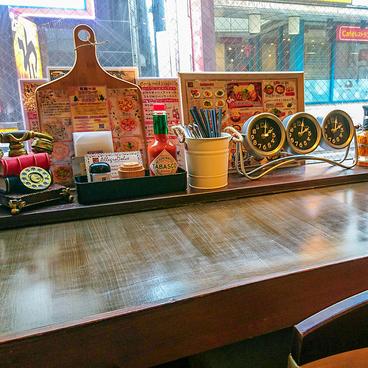 無国籍バル KAIKYO 所沢プロペ通り店の雰囲気1