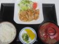 【喜久味はランチもやっています!!】生姜焼き定食 620円(税込)