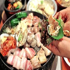 オススメは、当店自慢の【サムギョプサル】!!食べ放題が2380円~食べ飲みセット・コースもあります♪