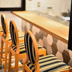 鉄板とワイン BUNCH バンチの雰囲気1
