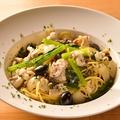 料理メニュー写真塩鱈と江戸菜のプッタネスカ・ビアンコ