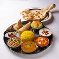 料理メニュー写真サムラートスペシャルベジタリ Samrat special vegetable thali