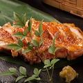 料理メニュー写真悠味鶏の柚子胡椒焼き