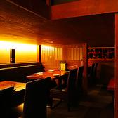 少し「隠れ家」を思わすロフトのテーブル席はゆっくりと宴会をして頂くのに最適です。