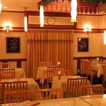 インド料理レストラン アダルサ 武蔵境店の雰囲気1