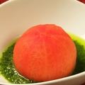 料理メニュー写真丸ごとトマトのあっさりジュノベーゼソース