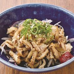 叩き胡瓜の塩うめ/たこわさび/国産キムチ&メンマ/鶏皮ぽん酢