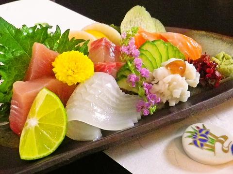 常連にはおまかせコースが大人気!当日仕入れた新鮮な魚介が絶品!