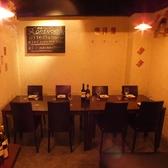 雰囲気◎なテーブル席はプチ宴会や合コンにオススメ!!