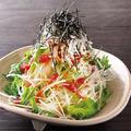 料理メニュー写真水菜と大根のさっぱり梅サラダ