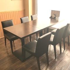 6名様テーブル席です。