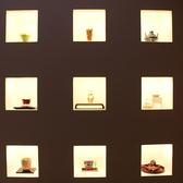 【お部屋を彩るインテリア】お店の歴史を感じるインテリアが多数。