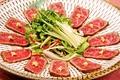 料理メニュー写真和牛タタキ