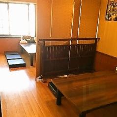2階テーブル席は4名様テーブルが3卓ございます。