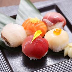 料理メニュー写真花ごころの手毬寿司