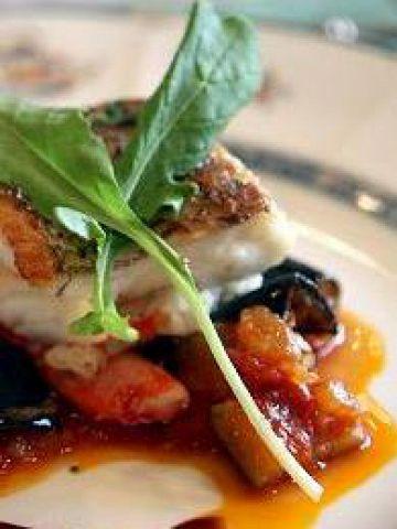 新しいイタリア料理をご提案する「コーザボーレ」。その味にファンも多い。