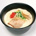 料理メニュー写真豚骨醤油ラーメン