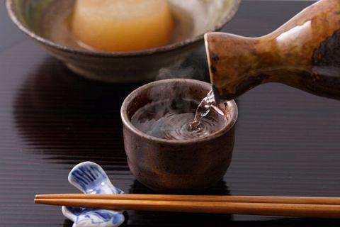 【町田でひとり飲み】カウンターでしっとりと飲みたい!女性におすすめのお店特集