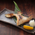 料理メニュー写真本日の魚のカマ 炭火焼