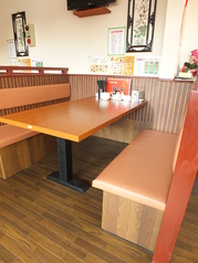 テーブル席は2~6名様までOK!