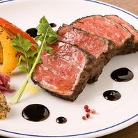 凝縮された肉の旨みたっぷり!石窯で焼いた絶品肉料理♪